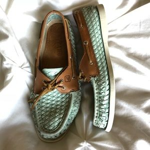 Mint green woven leather Sperry's